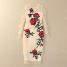 Europe and the United States women's new winter 2016 Long-sleeved white gauze rose decals cultivate one's morality dress