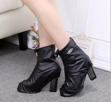Foldable bag inside rain shoe covers waterproof  for  flats  and High heels
