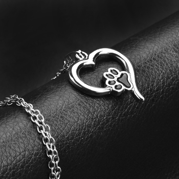 Hollow Pet Paw Prints Necklaces Cute Animal Dog cat Memorial jewelry Pet Lover Puppy Paw Heart Charm Black Enamel Necklace Girls 3