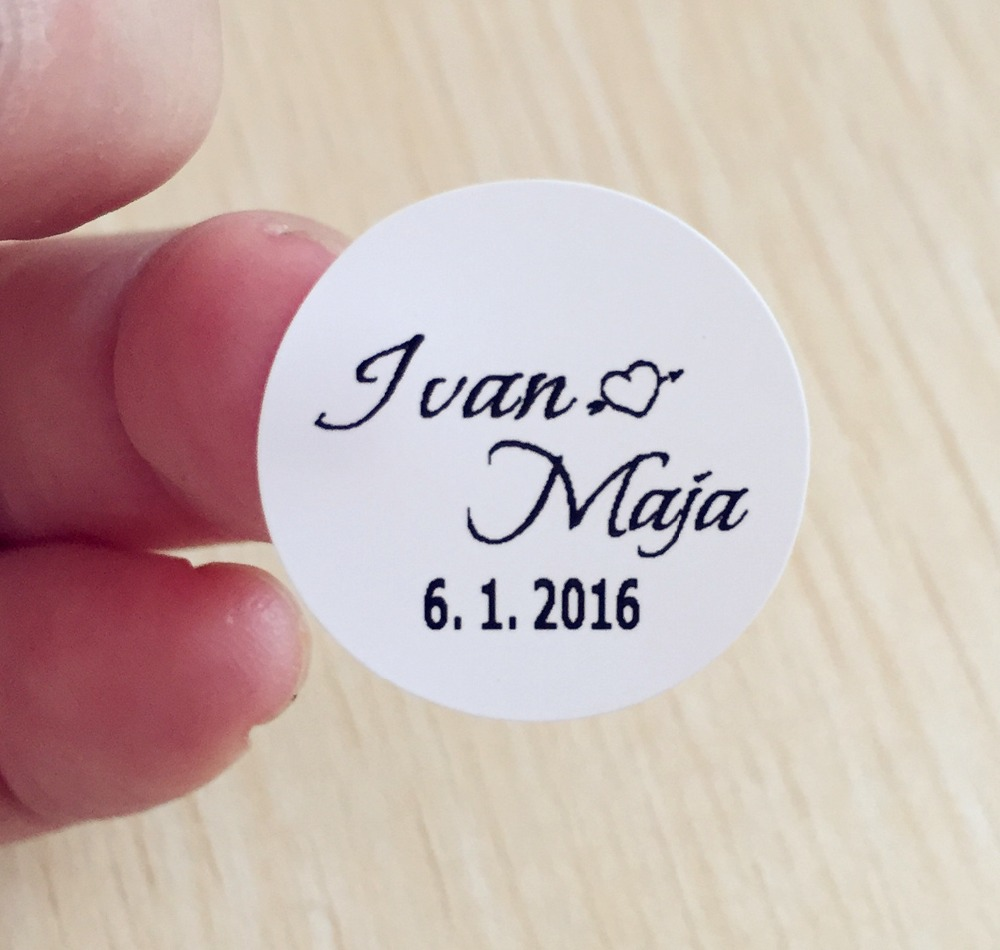 Wedding favors decor 125 pcs 2cm Personalised hug and kiss from the ...