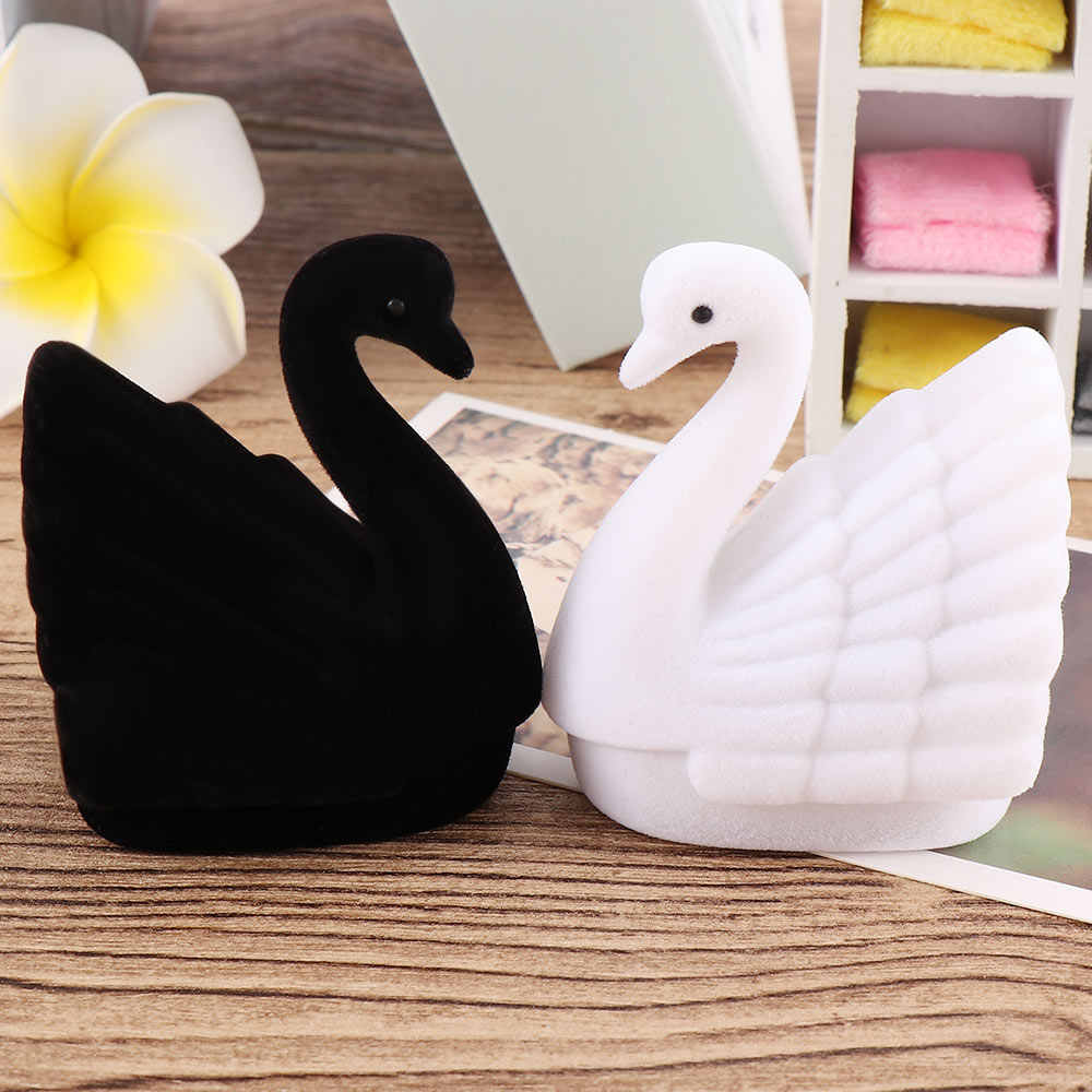 2019 New Velvet Swan Ring Earring Necklace Jewelry Display Gift Box Organizer Carrying Case Display Packaging