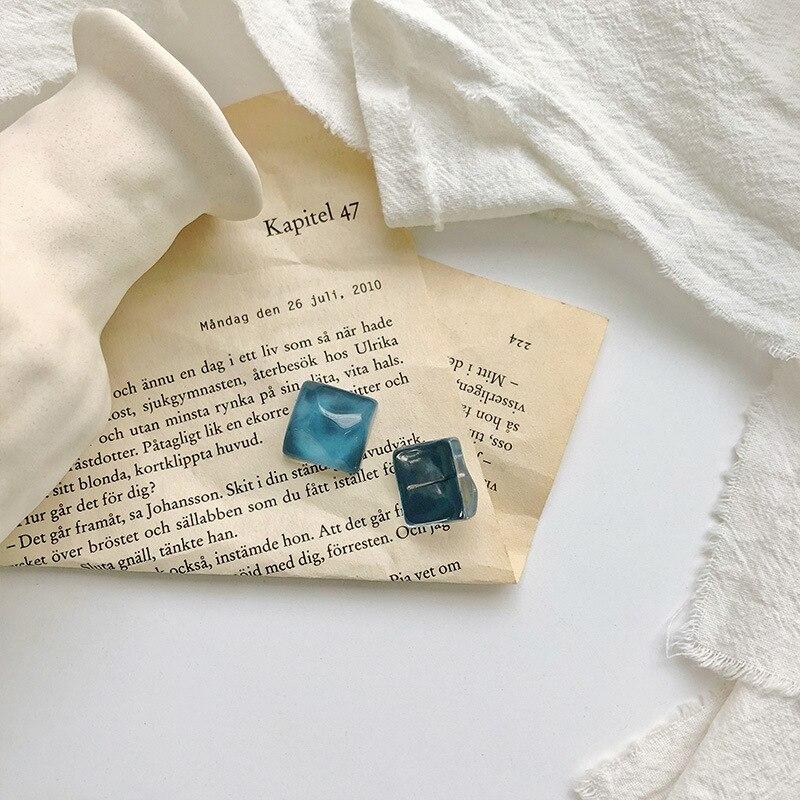 Женские винтажные серьги гвоздики милые Квадратные из акрила