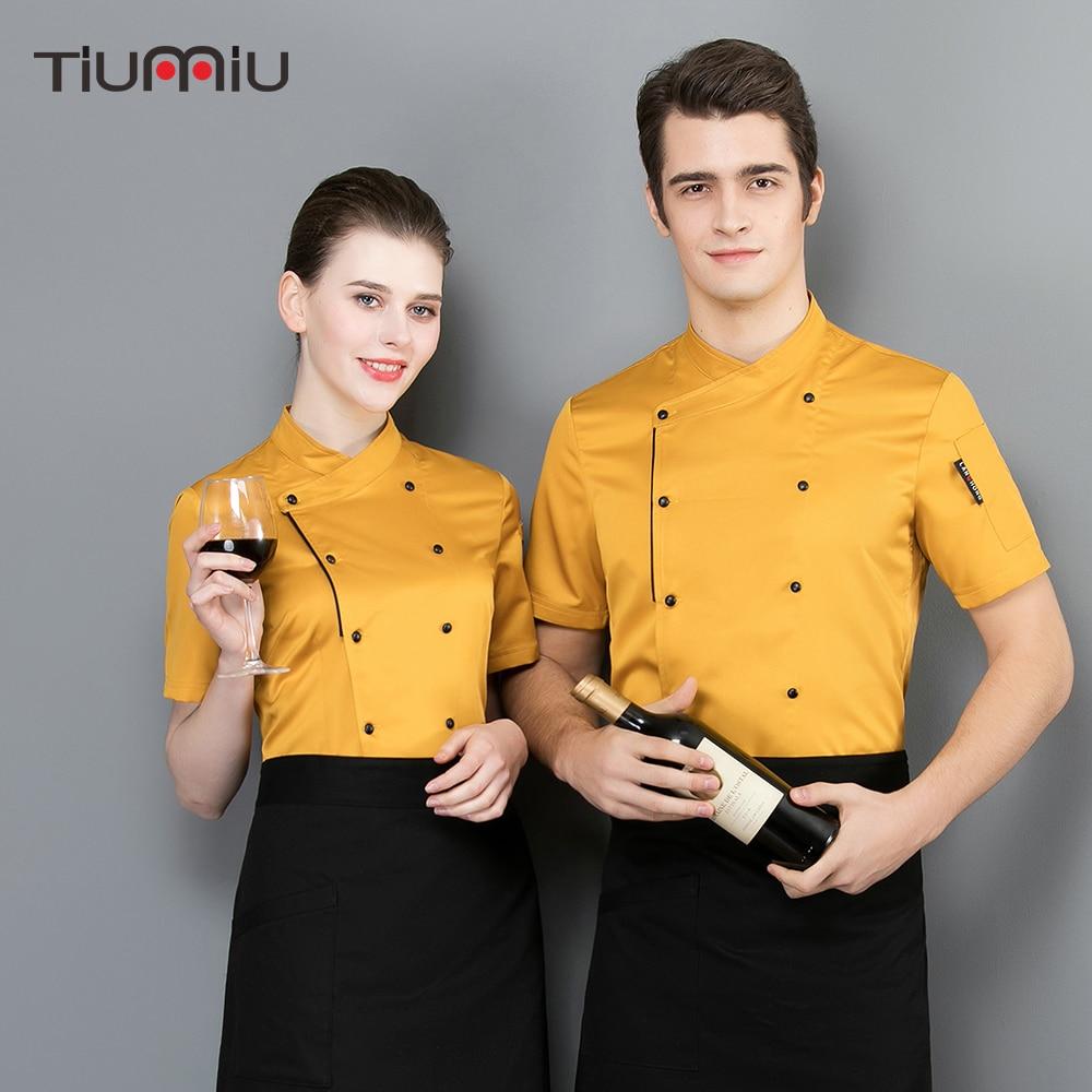 f9cdfede182 2019 nuevas mangas cortas de color puro ropa de chef chaqueta de verano  transpirable unisex uniforme de restaurante camisetas de camarero
