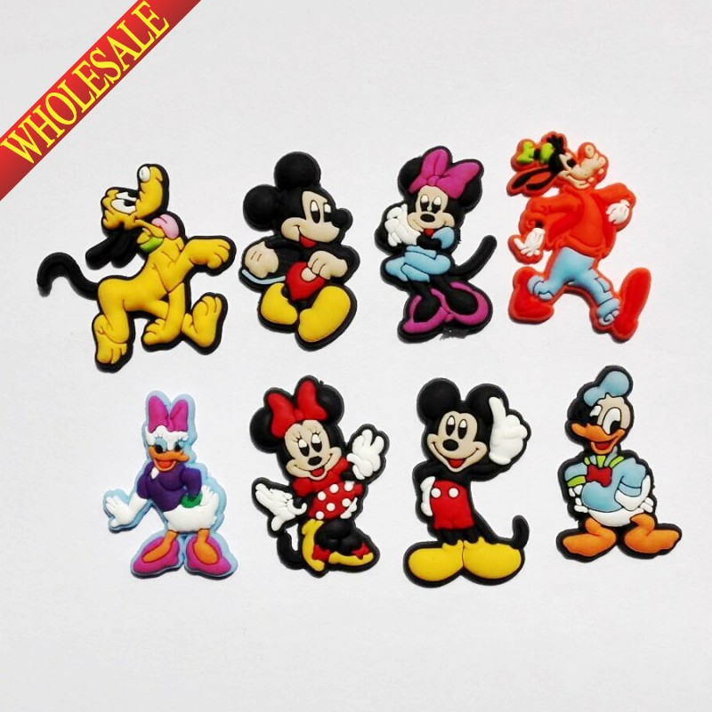 Wholesale 100PCS  Mickey Minnie PVC shoe charms shoe accessories shoe buckle for wristbands croc kids favor Birthday  Gift free shipping new 100pcs avengers pvc shoe charms shoe accessories shoe buckle for wristbands bands