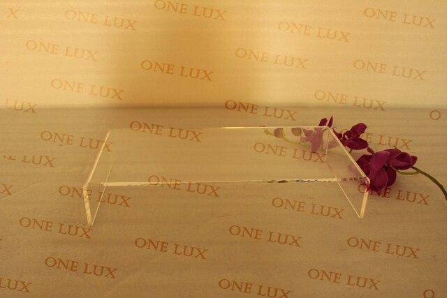 Un lux usage domestique acrylique u forme moniteur stand lucite pc