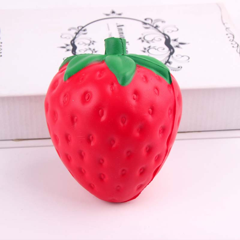 New Kids Kitchen Toys Food Fruit Big Strawberry Keychain Pendant Collectibles Kids Pretend Play Anti-pressure Toy Gifts