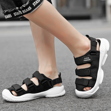 2019 new fashion trend boys and girls shoes summer breathable big children beach sandals tide boy