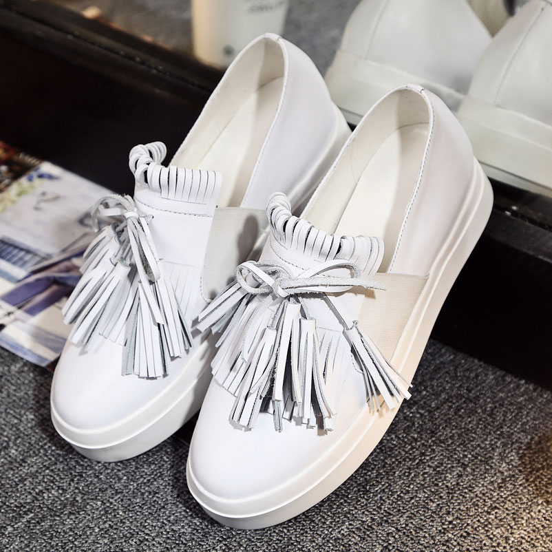 ФОТО 2017 Loafer Shoes Woman brand Women Luxury Genuine Leather Loafers Fashion Ladies Casual Shoes Tassels Women Luxury