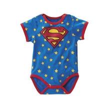 חולצת גיבורי על לתינוקות