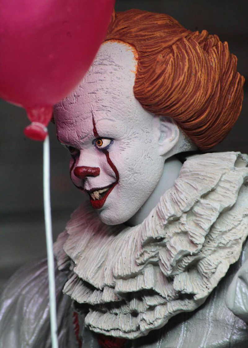 18cm 7inch Neca Stephen King's It Pennywise Joker Clown PVC Action Figure Toys Dolls Halloween Day Christmas Gift (3)