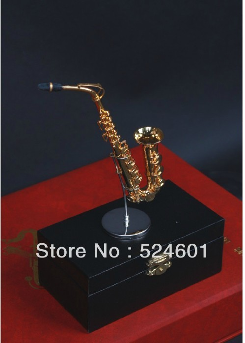 Factory direct Nice Brass Mini Alto Saxophone Musical Child Gift &case