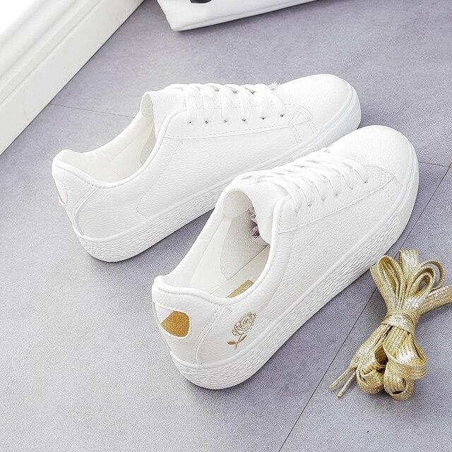 Chaussures de sport pour femmes à ruban blanc, chaussures de skateboard classiques respirantes, à plat, collection à lacets