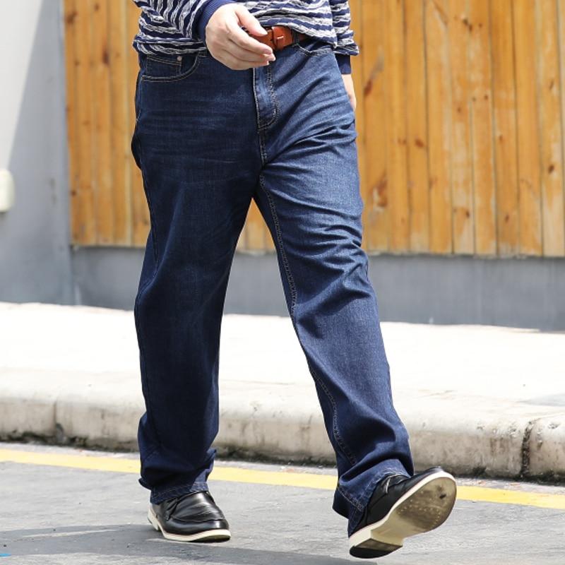 74cd543a00 Nueva marca para hombre Denim Pantalones cargo biker Vaqueros hombres baggy  flojo azul Vaqueros más tamaño 29 44 en Pantalones vaqueros de La ropa de  los ...