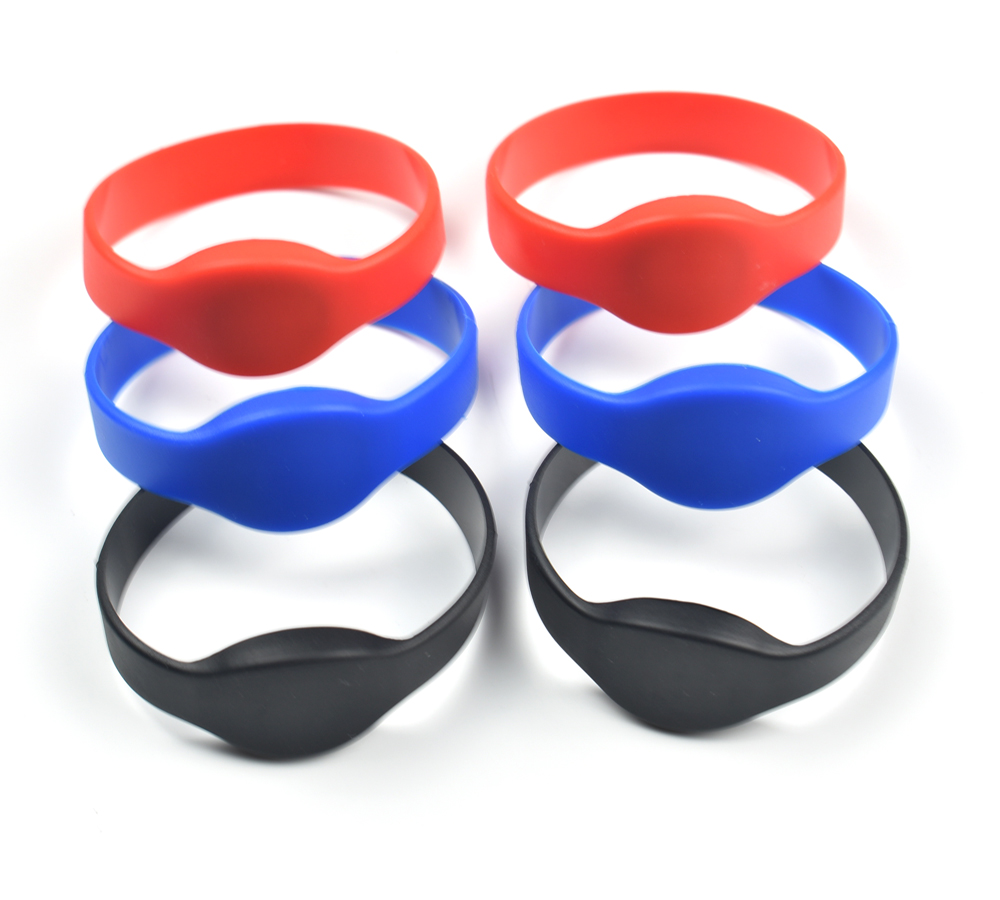 1pc 125Khz T5577/EM4305 Rewritable RFID Bracelet Silicone Wristband Watch Copy Clone Blank Card In Access Control Card