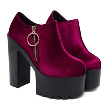 9a864d2485 Das 2018 mulheres novas ankle boots primavera e outono sexy camurça salto  alto 15 centímetros super sapatos de salto alto das mu.