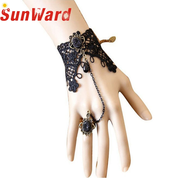OTOKY Hot Sale 2018 1PC New Retro Vintage Vampire Lady Girls Lace Chain Wristband Bracelet With Finger Ring Drop Shipping Mar5