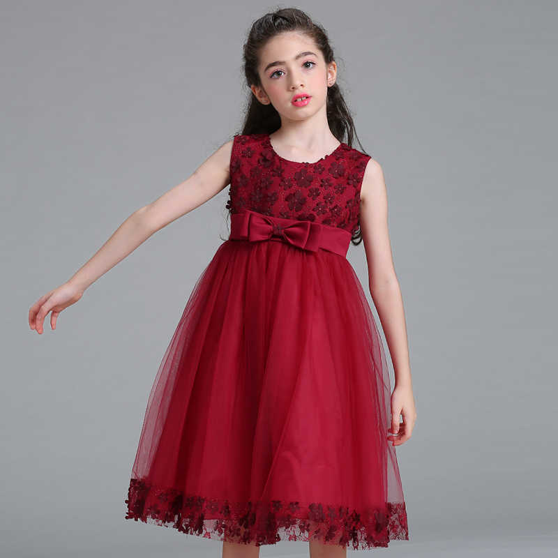 13aa8921af7 Retail Children Girl Party Dress 2019 New Style Flower Girl Wedding Dresses  With Bow Girl Communion