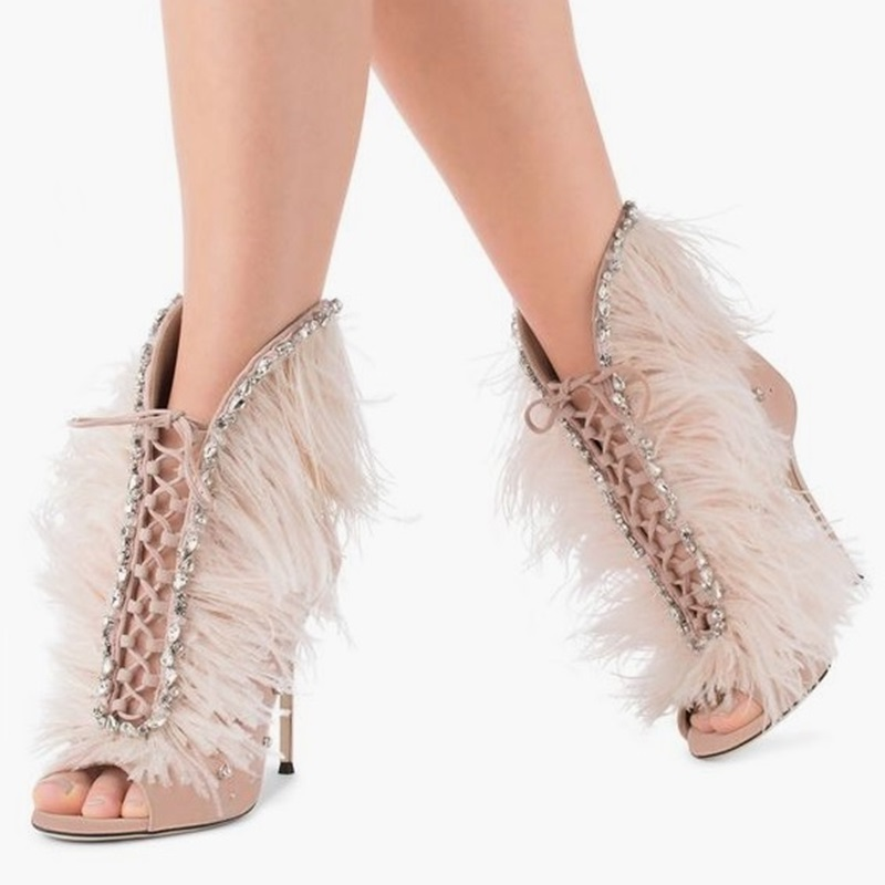 Sexy Pink Feather Decoration Suede Leather Peep Toe Ankle Boots Bling Crystal Embellished Back Zipper Hollow Out Sandal Booties цена 2017