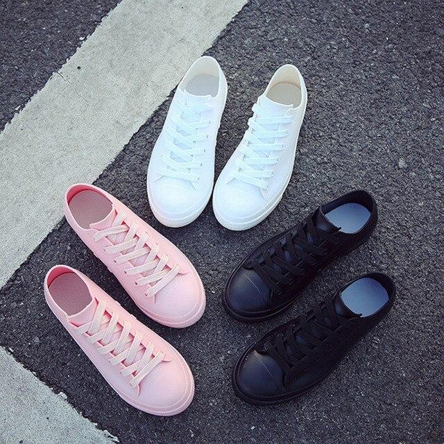 Yağmur çizmeleri Kadınlar Için Beyaz Sneakers Ayakkabı Su Geçirmez 2019 İlkbahar Yaz Kadın rahat ayakkabılar kauçuk yağmur çizmeleri Boyutu 40