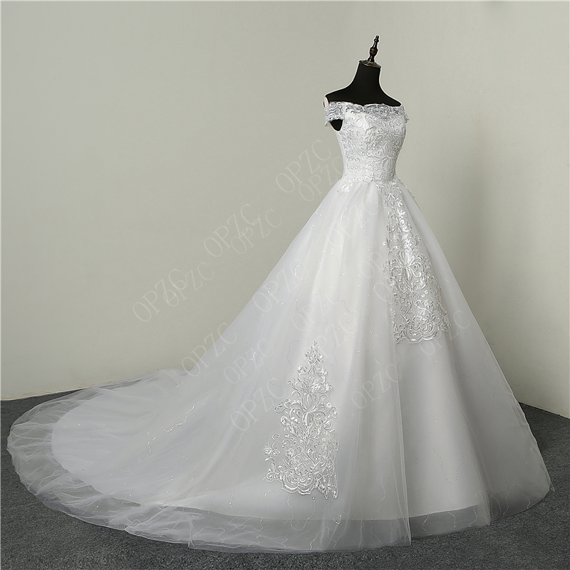 Image 3 - 35% Hot Sale Fashion Simple Lace Tull 2019 Wedding Dresses 100cm Long Train Boat Neck Elegant Plus size Vestido De Noiva Bride-in Wedding Dresses from Weddings & Events
