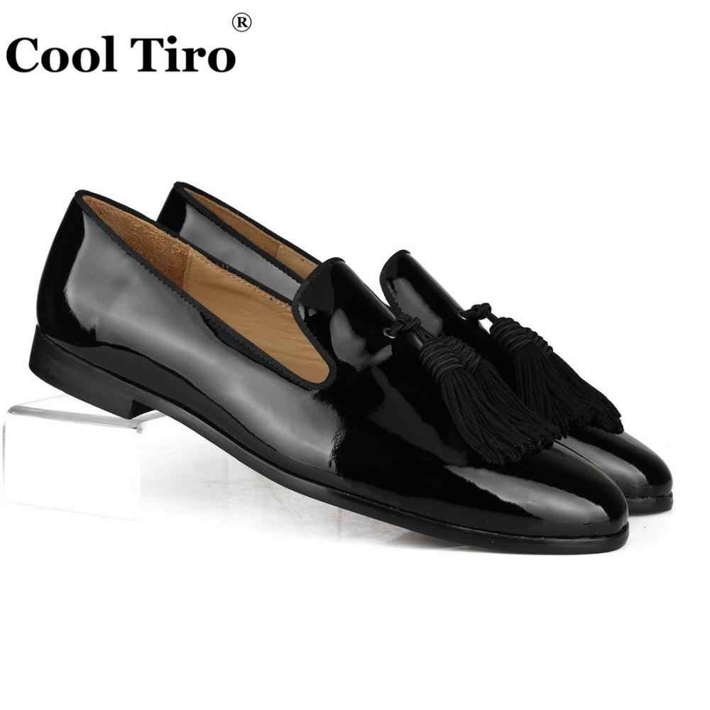 Cool Tiro Tassels Patent leather Loafers Men Moccasins Slippers Formal Wedding Men's Dress Shoes Round Toe Business Casual Flats