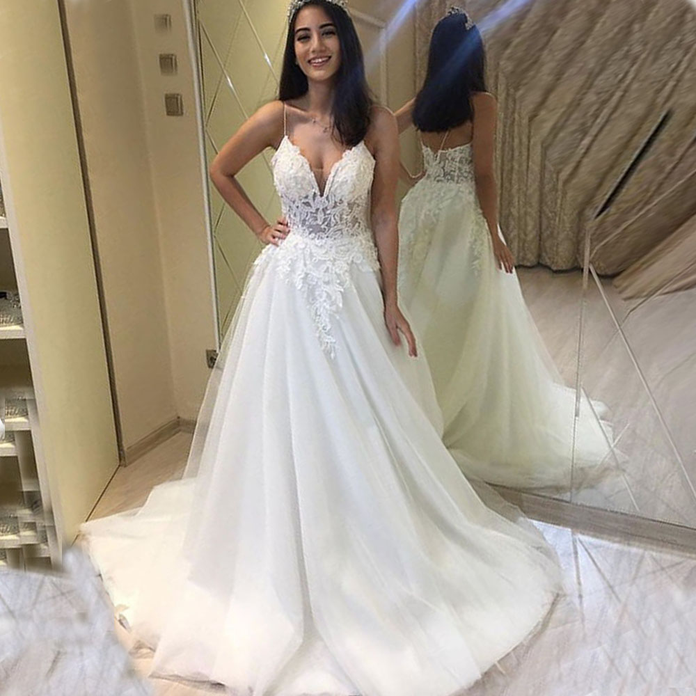 2019 A Line Wedding Gowns Charming Illusion Corset Sexy V Neck Lace Wedding Dresses Spaghetti Straps Appliques Bridal Gowns F108