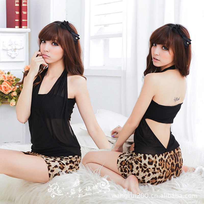 2017 Hot Sale Baby Doll Sexy Lingerie Wholesale Frosted Leopard Wrapped Chest Deep V Skirt Womens Pajamas B413