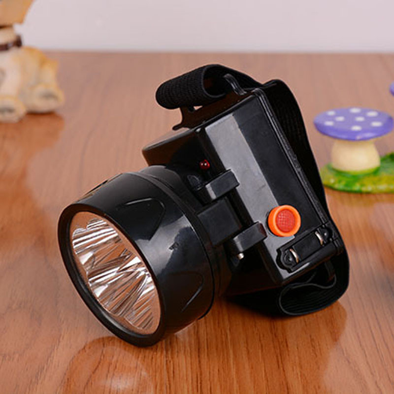 T2 Five Led Bicycle Light Headlights High Efficiency LED Rechargeable Head Lamp Brightness Circularly Used Wholesales&Retails