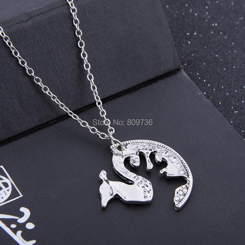 Retro Christmas Deer Pendent Necklace Women Silver Chain Couples Necklace Jewelry For Lovers Gift 2pcs set High Quality in Pendant Necklaces from Jewelry Accessories