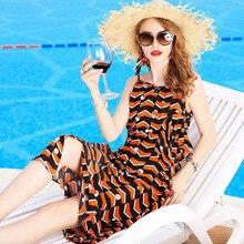 купить Silk Geometric Print Sleeveless V-Neck Loose Plus Size Beach Party Dress 2019 New Women Summer Spaghetti Strap Dress дешево