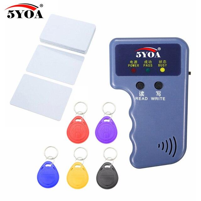 جهاز ناسخة يعمل بنظام تحديد الهوية بموجات الراديو 125 كيلو هرتز محمول باليد جهاز قارئ مبرمج + مفاتيح + بطاقات EM4305 T5577 معاد الكتابة على الهوية جهاز تحديد الهوية مزود ببطاقة