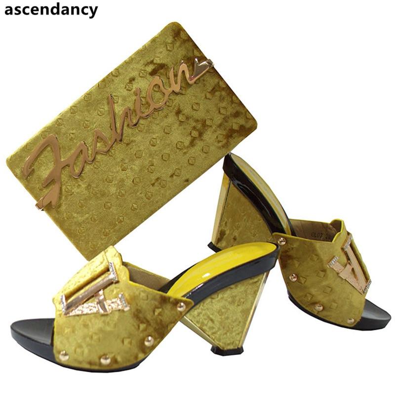 Italianos azul Zapatos Conjunto Las Con Nueva Decorado A Llegada Rhinestone Juego púrpura Bolsos negro Y De rojo Boda Mujeres Nigeriano oro teal Bolsa Maroom wH5zEZq5