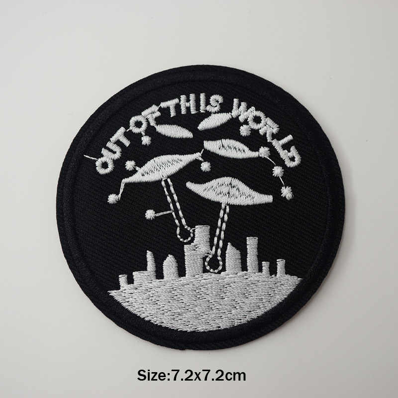 Круглый Черный НЛО инопланетный глаз железа на заплатках шитье Вышитые аппликация для куртки наклейки для одежды значок DIY аксессуары для одежды