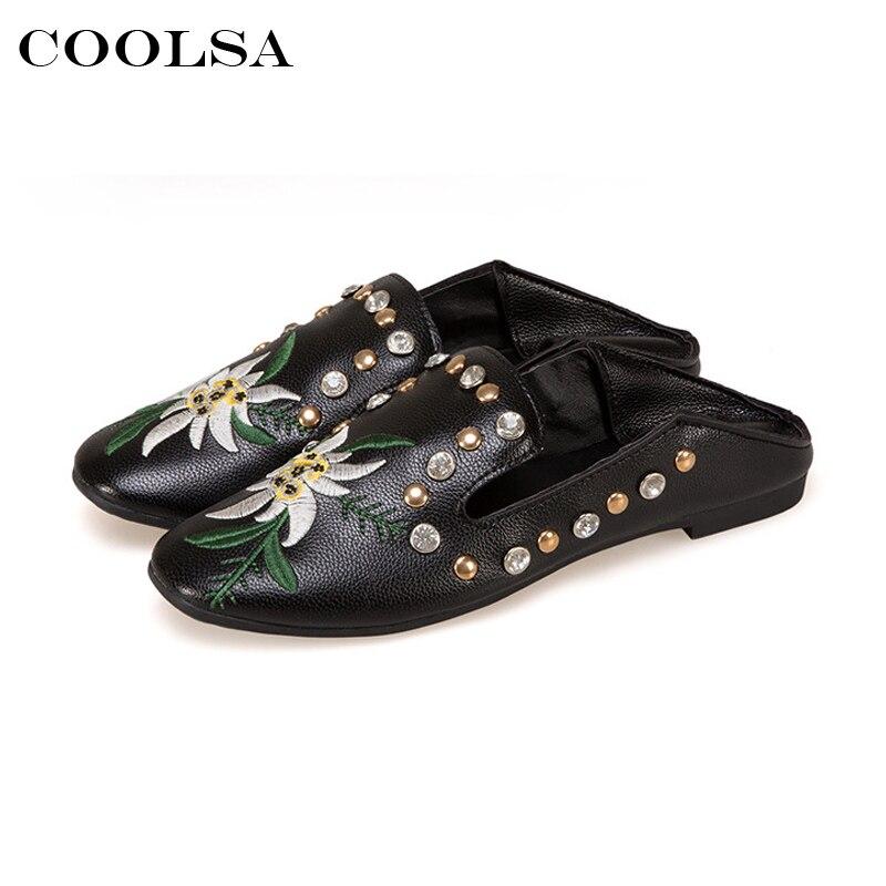 Coolsa новый летний Для женщин Направляющие мул Вышивка Шлёпанцы для женщин цветок со стразами слипоны без каблука пляжные сандалии модные же...