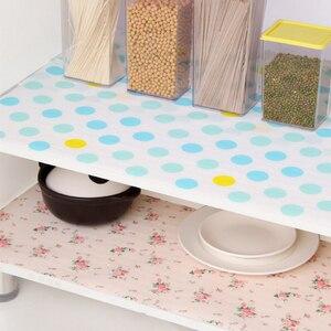 Image 1 - 5 Rolls/Set Nicht Klebe Regal Papier Schöne Dot Muster Schublade Lagerung Liner für Schublade Tisch Küche Schränke speisekammer