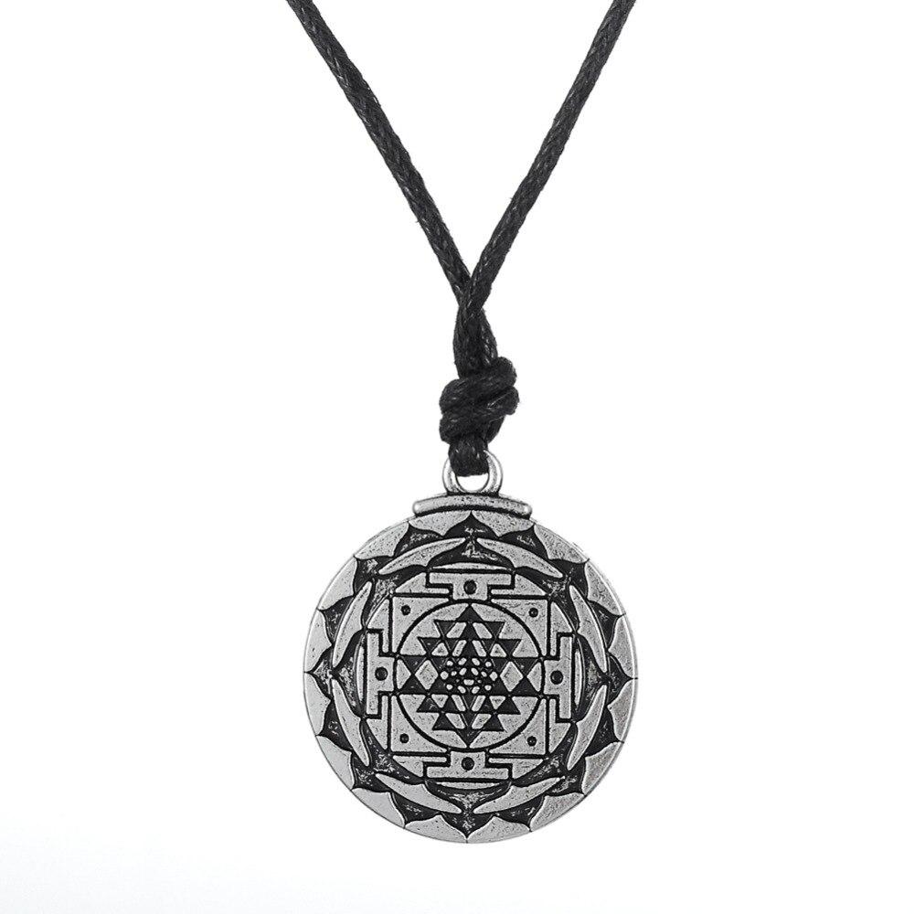 Pendentif Dawapara sri yantra (shri yantra) . support de méditation
