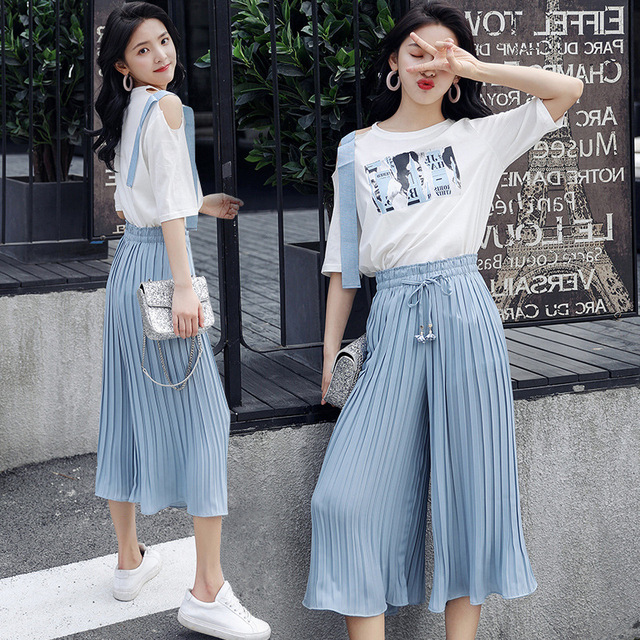 067c33f013 2018 Summer Women Printed T-shirt and Wide Leg Pants Suits Two Piece Sets  Fashion Cute Female Off shoulder White Top Blue Pants