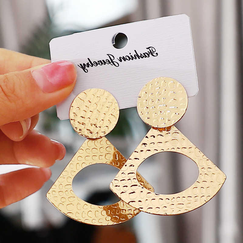 2019 pendientes Vintage grandes para mujer pendientes de declaración geométricos de color dorado pendientes de metal tendencia joyería de moda