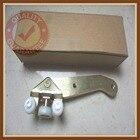 FOR VW TRANSPORTER CARAVELLE T4 RIGHT SLIDING DOOR LOWER BOTTOM ROLLER RUNNER GUIDE 701843406B