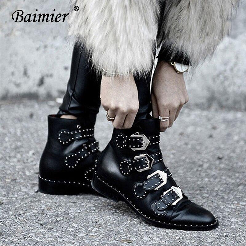 Baimier/2018 г.; зимние женские ботинки из натуральной кожи; женские ботильоны с серебряной пряжкой и заклепками; женские мотоциклетные ботинки в стиле панк на низком каблуке