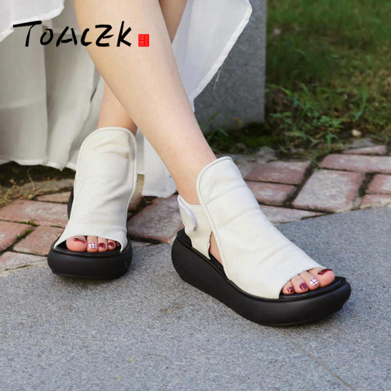 Ingiliz yaz muffin taban paten, deri yüksek topuklu rahat ayakkabılar, vintage strappy kadın sandalet, inek derisi sürükle
