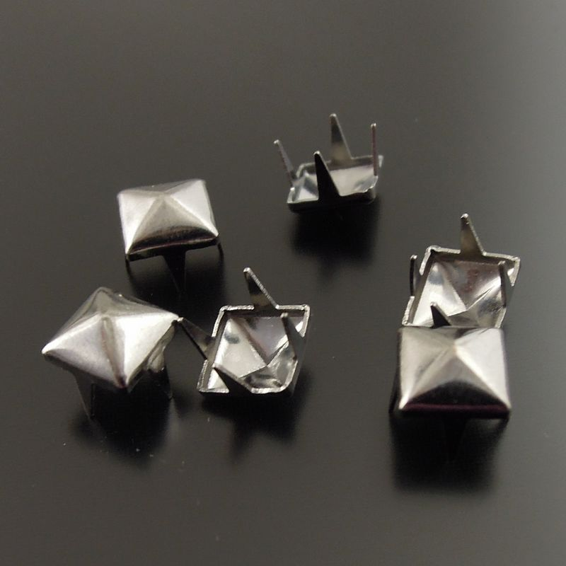 Buy clothing studs online
