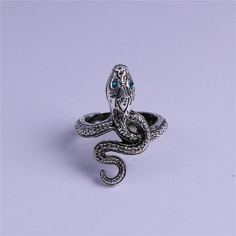 Takerlama Dark Souls 3 Covetous Silver Serpent Metal Rings Dark Souls Equipment Cosplay Snake Ring Accessories Woman Man Ring