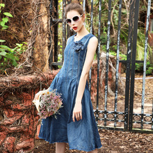 Women long Denim dress 2017 summer fashion retro sleeveless midi dress Pluse size ROSE appliques A line blue jeans vesitos