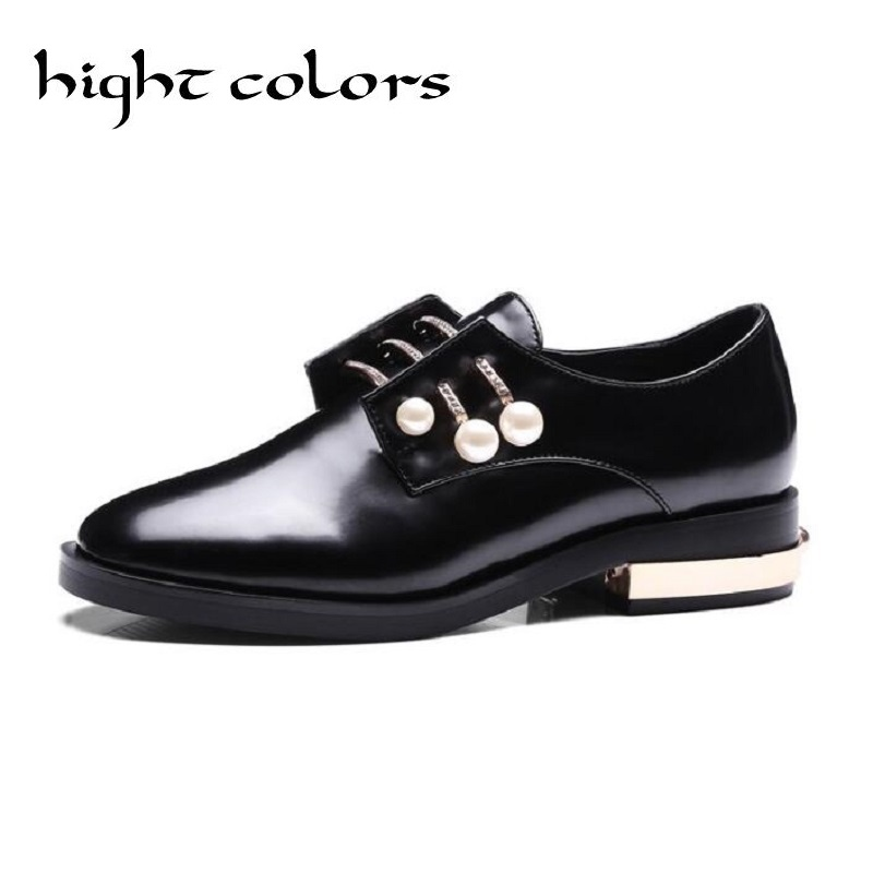 2017 Ladies Vintage Slip On Oxford Shoes With Charms Fashion Preppy Style Pointed Toe Pearl