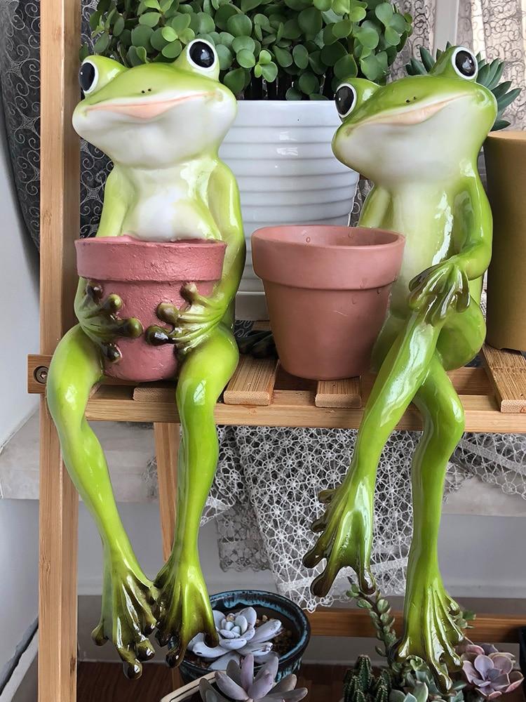 Outdoor Gardening Resin Frog Fleshy Flowerpot Ornament Courtyard Figurines Decoration Park Villa Animal Vase Statue Crafts Decor