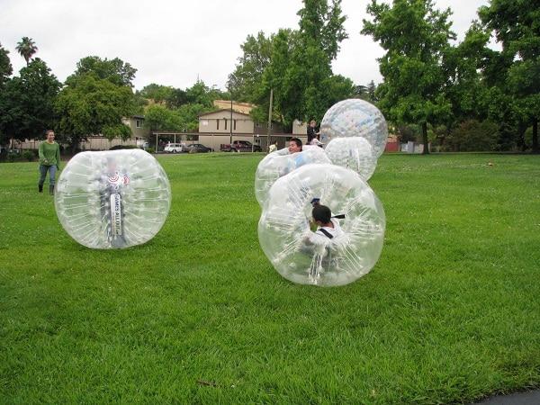 1,2 metrų pripučiamas PVC burbulas kostiumas vaikams