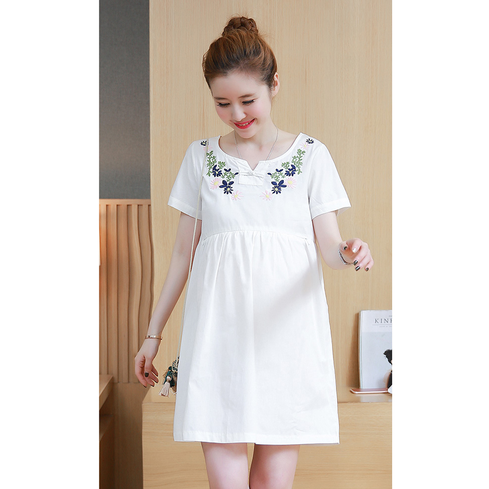5c25711fd98b6 New Pregnancy Dress Office Lady Maternity Clothing Retro Bohemia Maternity  Dresses Flower Embroidery Clothes for Pregnant Women-in Dresses from Mother  ...