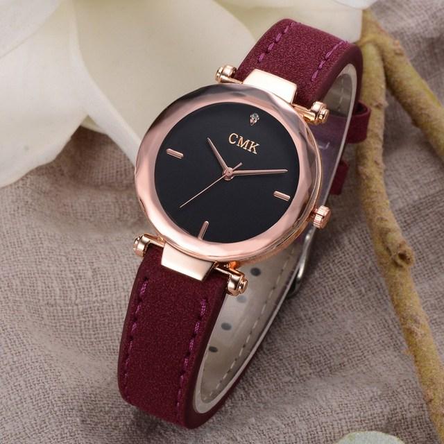 2018 New Fashion Brand Luxury Women Watches Leather Strap Vintage Sport Wrist Watches Gold Clock Relogio Feminino
