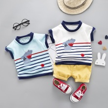 цены на Children Boys Suit Striped Print Baby Set Shark Short Sleeve Cotton Shirt Tops O-neck Blouse T-shirt+Shorts Set Outfits Sets  в интернет-магазинах